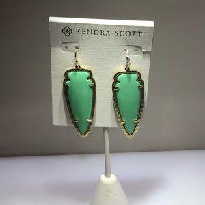 Skylar gold mint arrow earrings